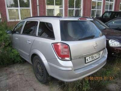 автомобиль Opel Astra