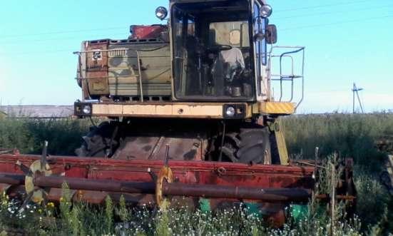 Зерноуборочный комбайн ДОН-1500Б, 1500-А