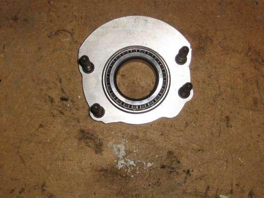 Подшипник коробки передач с креплением (02D311206B)