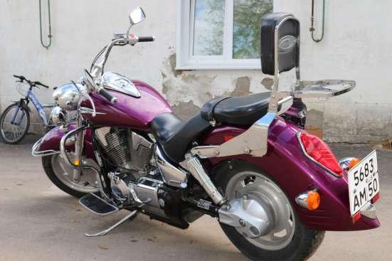 Продаю мотоцикл Хонда VTX 1300 R. Год выпуска 2005