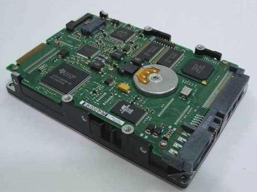 HDD SCSI разные малого объёма, от 2 гб до 18 Гб