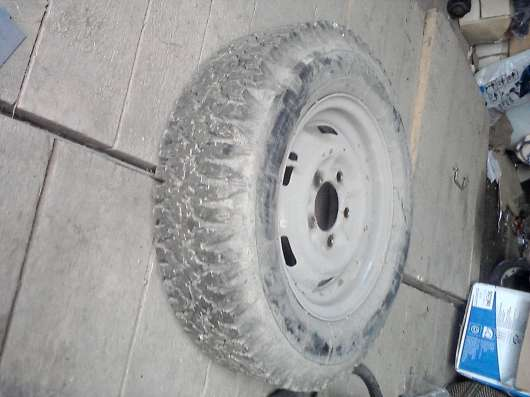 Резина с диском для москвича -4шт(снежинка)