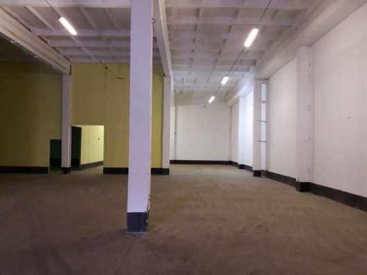 Сдам склад, производство, 1000 кв. м, м. Комендантский пр