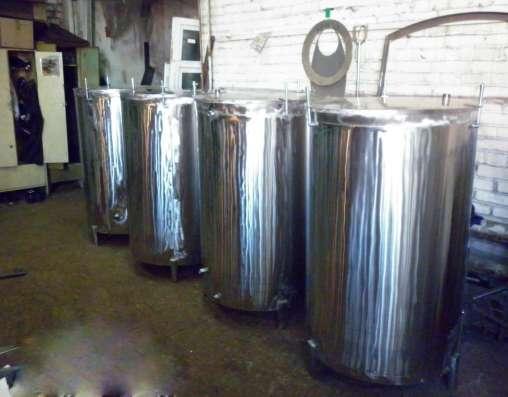 Емкость из нержавеющей пищевой стали с крышкой в Бердске Фото 1
