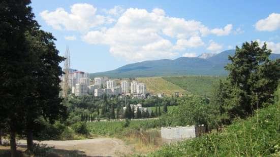 земельный участок 10 сот  Алушта АР Крым