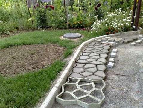 Форма для изготовления садовой дорожки в г. Киев Фото 1