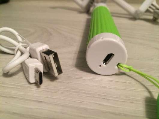 Bluetooth monopod зелёный