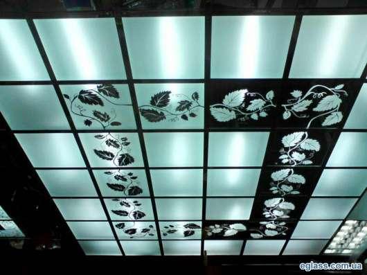 Стеклянные и зеркальные потолки в г. Караганда Фото 3