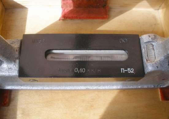 Уровень рамный 200-0,10 ГОСТ 9392-89